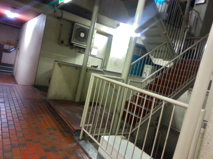 どろぶね 階段