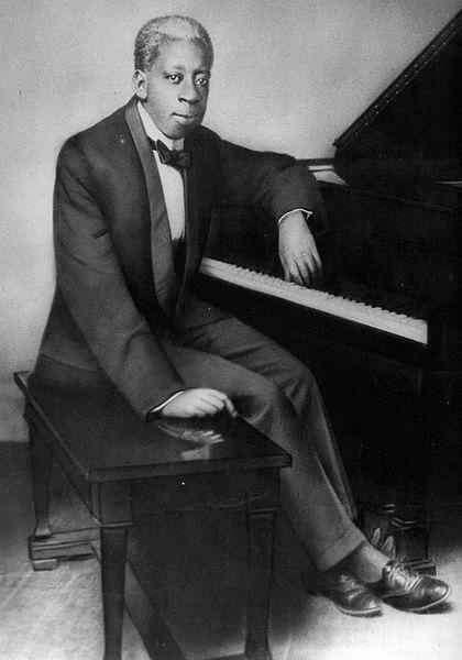 トニー・ジャクソンは、ゲイのピアニスト